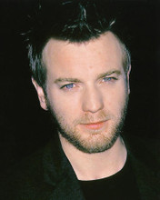 This is an image of 252500 Ewan McGregor Photograph & Poster