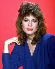 This is an image of 258568 Linda Hamilton Photograph & Poster