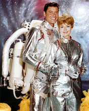 This is an image of 259507 Lost in Space Photograph & Poster