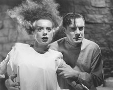 This is an image of 172002 Elsa Lanchester Photograph & Poster