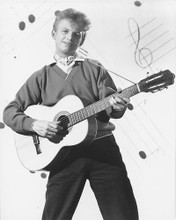 This is an image of 180256 Tommy Steele Photograph & Poster