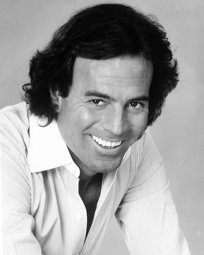 This is an image of 186230 Julio Iglesias Premium Photograph & Poster
