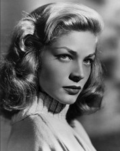 This is an image of Photograph & Poster of Lauren Bacall 102782