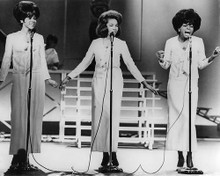 This is an image of Photograph & Poster of The Supremes 191789