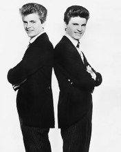 This is an image of Photograph & Poster of The Everly Brothers 175710