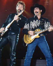 This is an image of Photograph & Poster of Brooks & Dunn 277410