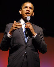 This is an image of Photograph & Poster of Barak Obama 277542