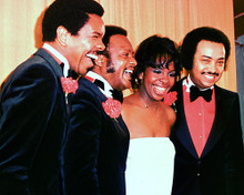 This is an image of Photograph & Poster of Gladys Knight and the Pips 274359