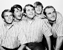 This is an image of Photograph & Poster of The Beach Boys 168263