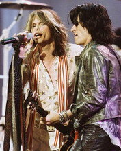 This is an image of Photograph & Poster of Aerosmith 245928