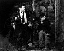 This is an image of Photograph & Poster of Laurel and Hardy 196928