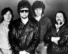 This is an image of Photograph & Poster of Electric Light Orchestra 197052