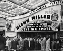 This is an image of Photograph & Poster of The Ink Spots 197301