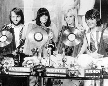 This is an image of Photograph & Poster of Abba 100265