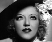 This is an image of Photograph & Poster of Marion Davies 102960