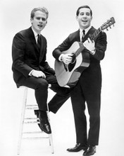 This is an image of Photograph & Poster of Simon and Garfunkel 102968