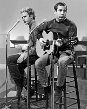 This is an image of Photograph & Poster of Simon and Garfunkel 102979