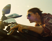 This is an image of Photograph & Poster of Tom Cruise 298377