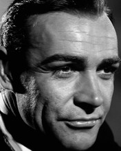 This is an image of Photograph & Poster of Sean Connery 103010