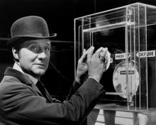 This is an image of Photograph & Poster of Patrick Macnee 103020