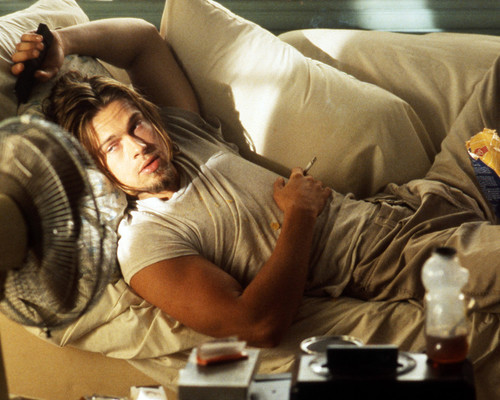 This is an image of Photograph & Poster of Brad Pitt 298605