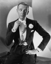 This is an image of Photograph & Poster of Fred Astaire 103086
