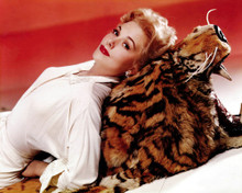 This is an image of Photograph & Poster of Kim Novak 298548