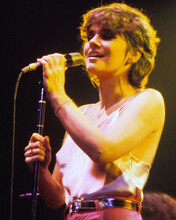 This is an image of Prints & Posters of Linda Ronstadt 299098