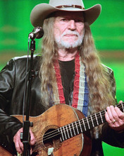 This is an image of Prints & Posters of Willie Nelson 299107