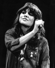This is an image of Prints & Posters of Linda Ronstadt 103474