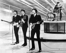This is an image of Prints & Posters of The Beatles 103596