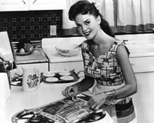 This is an image of Prints & Posters of Natalie Wood 103502