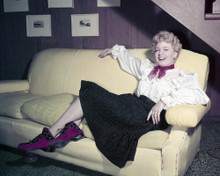 This is an image of Prints & Posters of Shelley Winters 299300