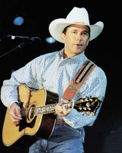 This is an image of Prints & Posters of George Strait 299388