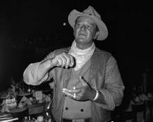 This is an image of Prints & Posters of John Wayne 103668