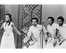 This is an image of Prints & Posters of Gladys Knight and the Pips 103788