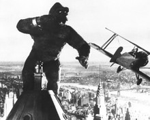This is an image of Prints & Posters of King Kong 103711