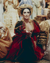 This is an image of Prints & Posters of Elizabeth Taylor 299897
