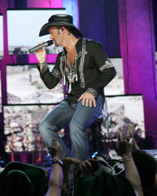 This is an image of Prints & Posters of Tim McGraw 201192