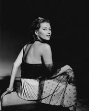 This is an image of Prints & Posters of Yvonne De Carlo 104009