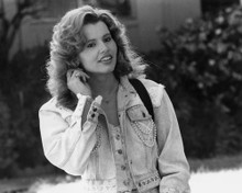 This is an image of Prints & Posters of Geena Davis 104024