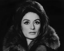 This is an image of Prints & Posters of Anouk Aimee 104048