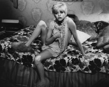 This is an image of Prints & Posters of Goldie Hawn 104120