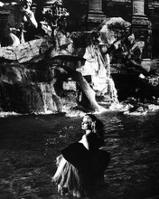 This is an image of Prints & Posters of La Dolce Vita 104232
