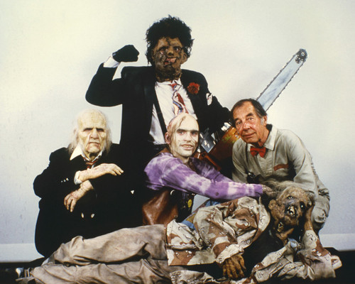This is an image of Prints & Posters of Texas Chainsaw Massacre 202147