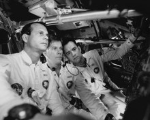 This is an image of Prints & Posters of Apollo 13 104473