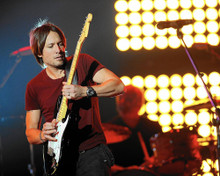 This is an image of Prints & Posters of Keith Urban 202207