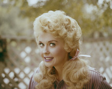 This is an image of Prints & Posters of Donna Douglas 202282