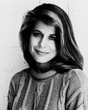 This is an image of 13433 Linda Hamilton Photograph & Poster