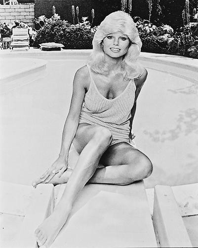 This is an image of 18749 Loni Anderson Photograph & Poster